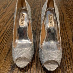 Badgley Mischka Silver Shoes 6.5